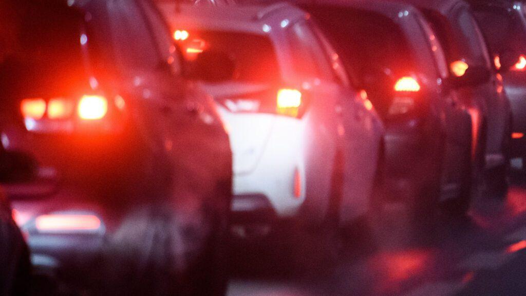 Photo of a traffic jam. Credit Jacek Dylag.